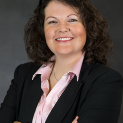 Kristine D'Esterhazy, CFP®'s advisor photo